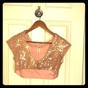 🛍 Free People S/P pink & gold, cropped, hoodie 🛍